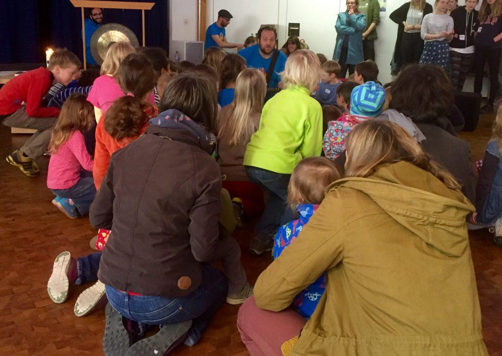 Pelemele beim Gottesdienst für Kinder in der Kulturkirche Köln