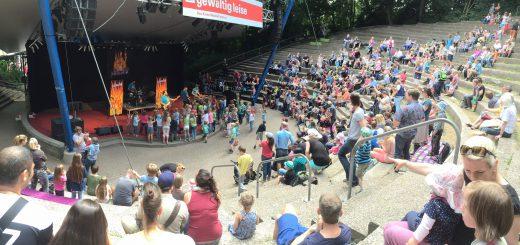 Pelemele erobern sich die Kieler Kinder- und Erwachsenenherzen auf der Kieler Krusenkoppel