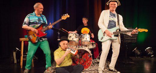 Georg Feils, Robert Metcalf, Klaus Foitzik und Markus Rohde (v.l.n.r.) beim Frankfurter KinderliederMacherFestival 2016