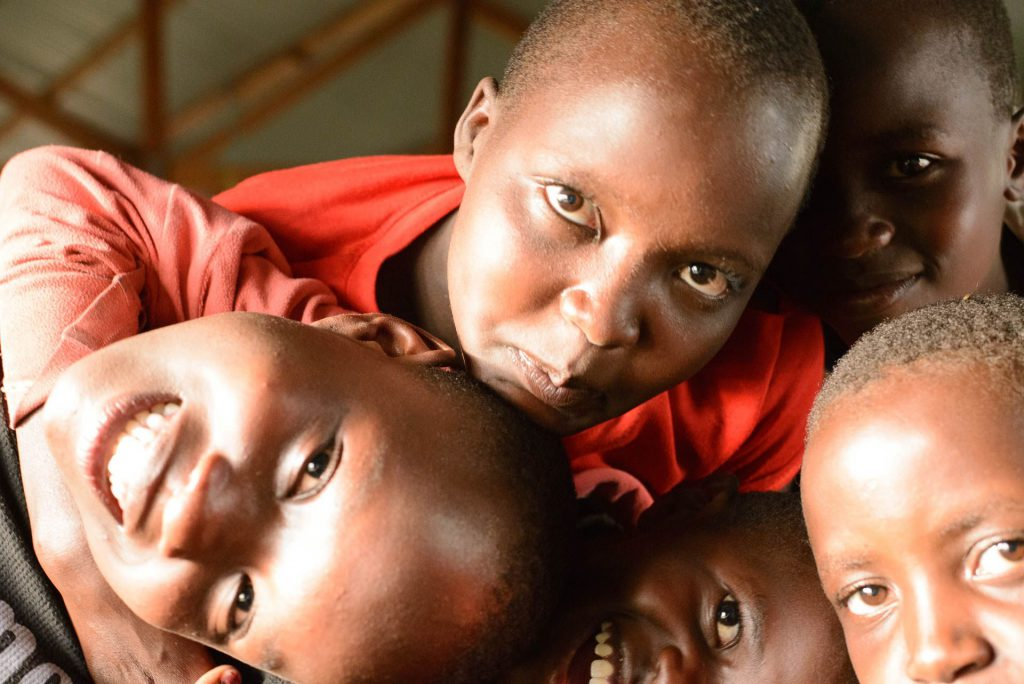 "Kinder im Schutzcenter des Projekts ""Tareto Maa"" in Kilgoris, Kenia"