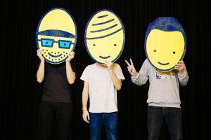 """Diskutieren jedes Mal aufs Neue über ihre Eintrittspreise: Die Hamburger Hiphop-Band """"Deine Freunde"""" (Foto von Michi Schunck)"""