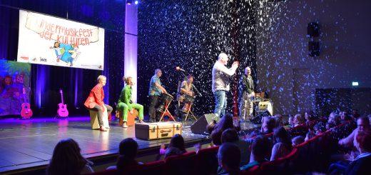 Christian Hüser, Kati & Lars, Klaus Foitzik und Matthias Linssen beim Kindermusikfest der Kulturen in Meppen