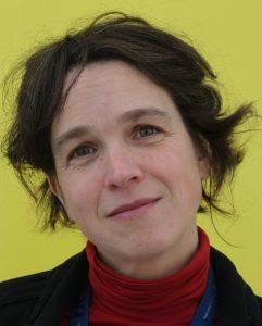 Die Schauspielerin und Regisseurin Imke Burma hat die Texte zu den Liedern über Bremen verfasst.