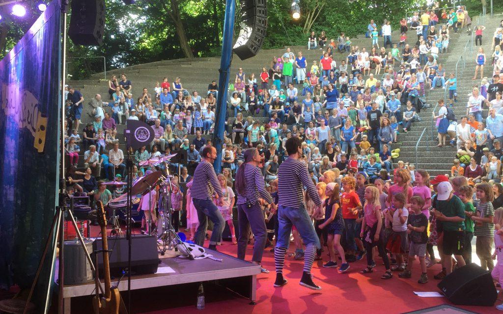 Wollen die Kieler Kinder ein ganzes Wochenende lang begeistern: die Blindfische aus Oldenburg.