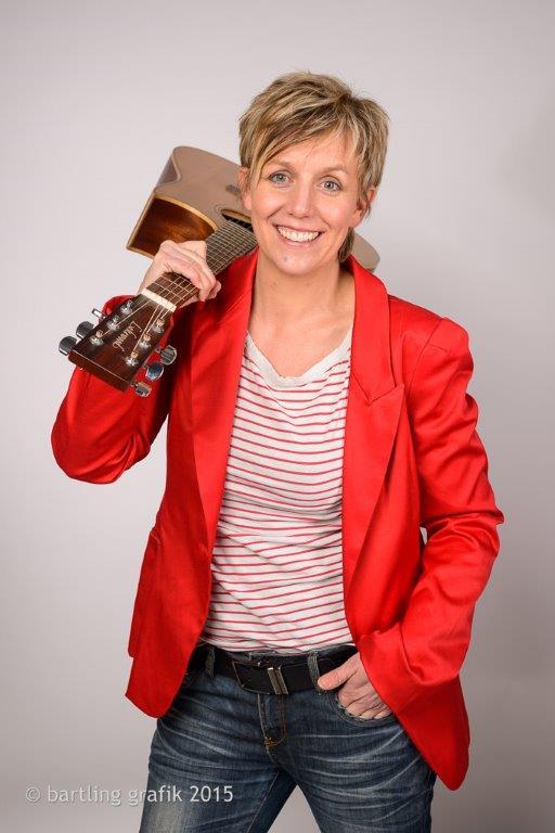 """Sandra Faryn, alias """"Faryna"""", wird gemeinsam mit Kieler Kindern auf der Bühne stehen."""
