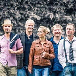 """Claus, Dominik, Schramme, Sandie, Jochen und Marcel sind """"Mami und die Papperlapapis""""."""